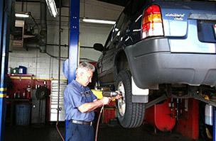 The Brake Shop Garage Image 02